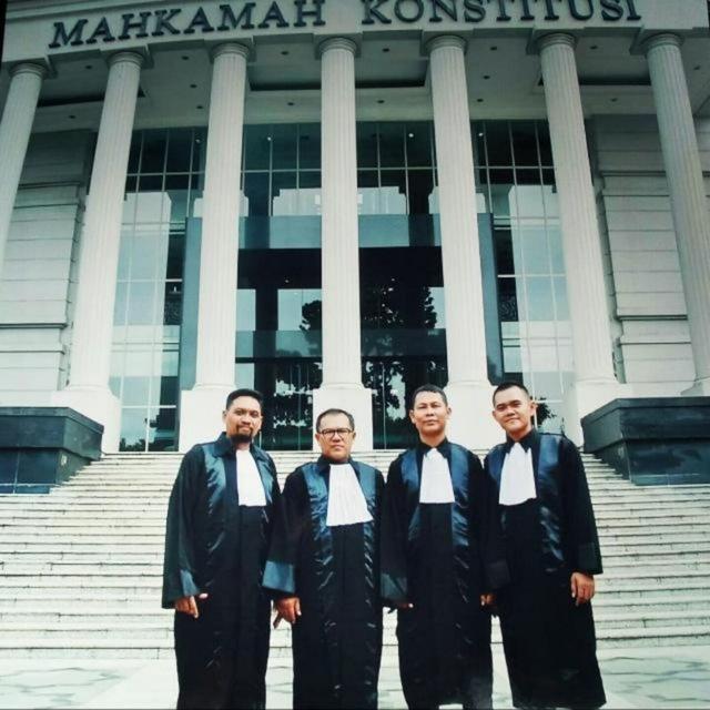 Mahkamah-Konstitusi-ber4