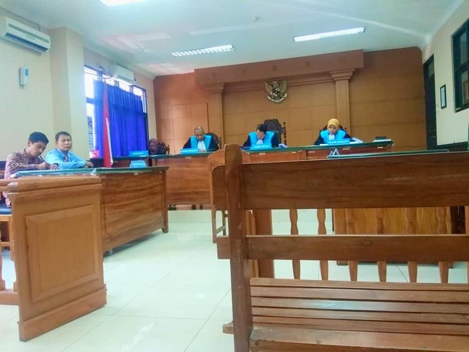 Sidang-PTUN-Surabaya3