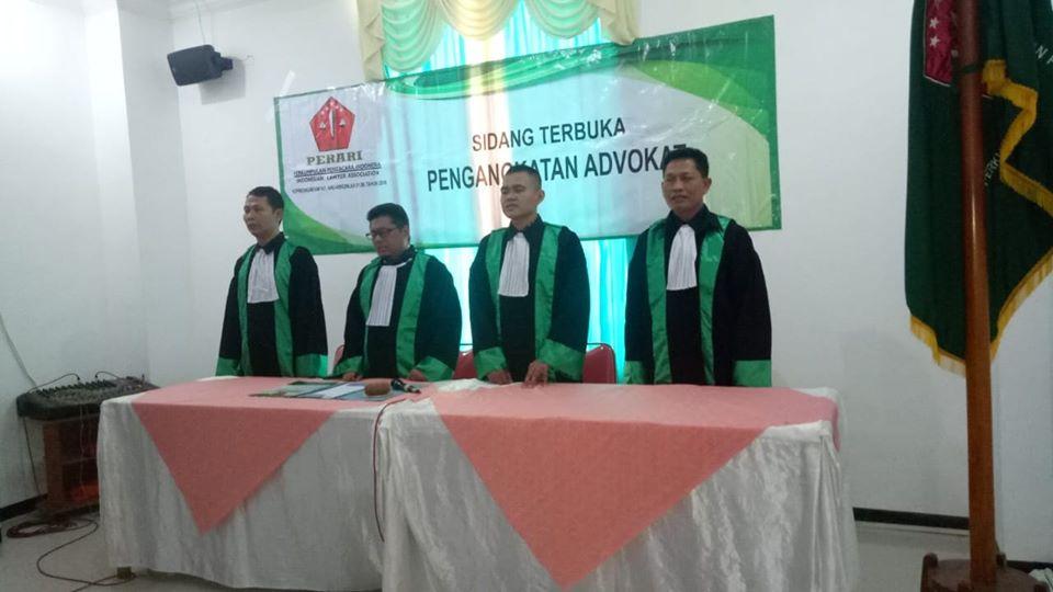 Sumpah-Advokat-Perari1