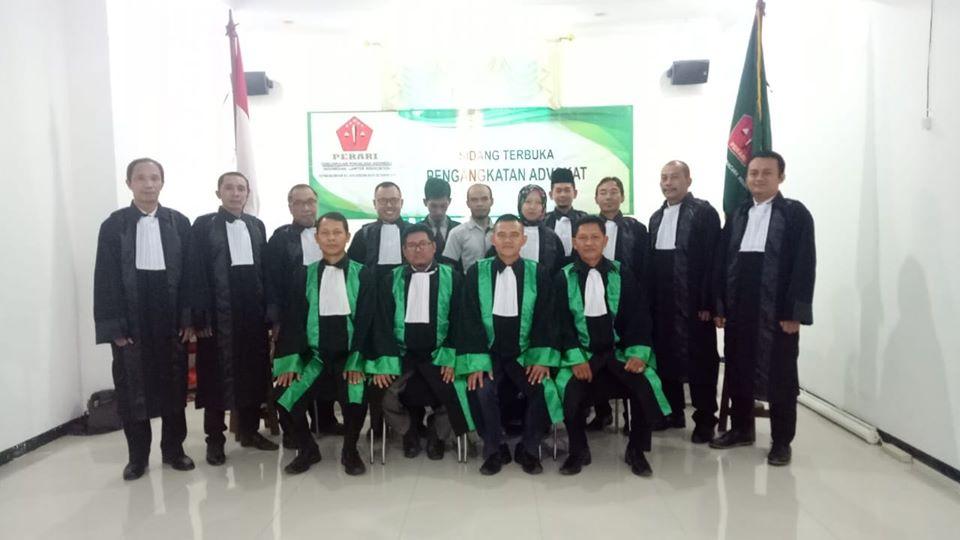 Sumpah-Advokat-Perari2
